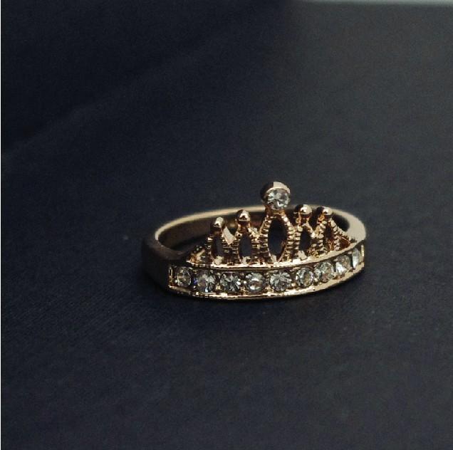 4286a909dfb83b Fashion Elegant Gold plattiert 18K Damen Krone Ring - Fashion Ringe